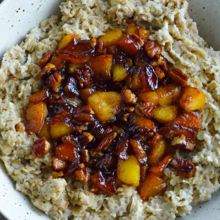 Caramelized Peach and Pecan Oats