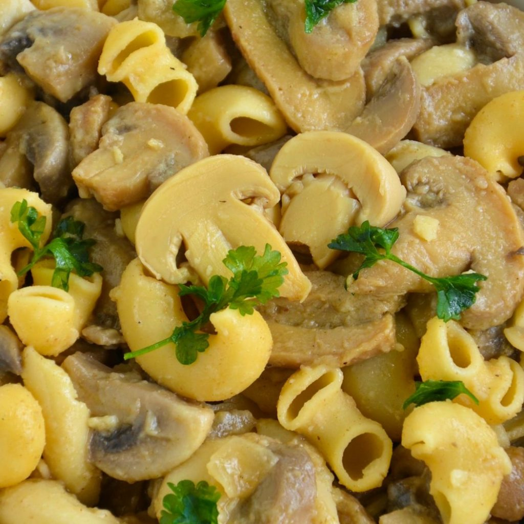 creamy vegan mushroom pasta