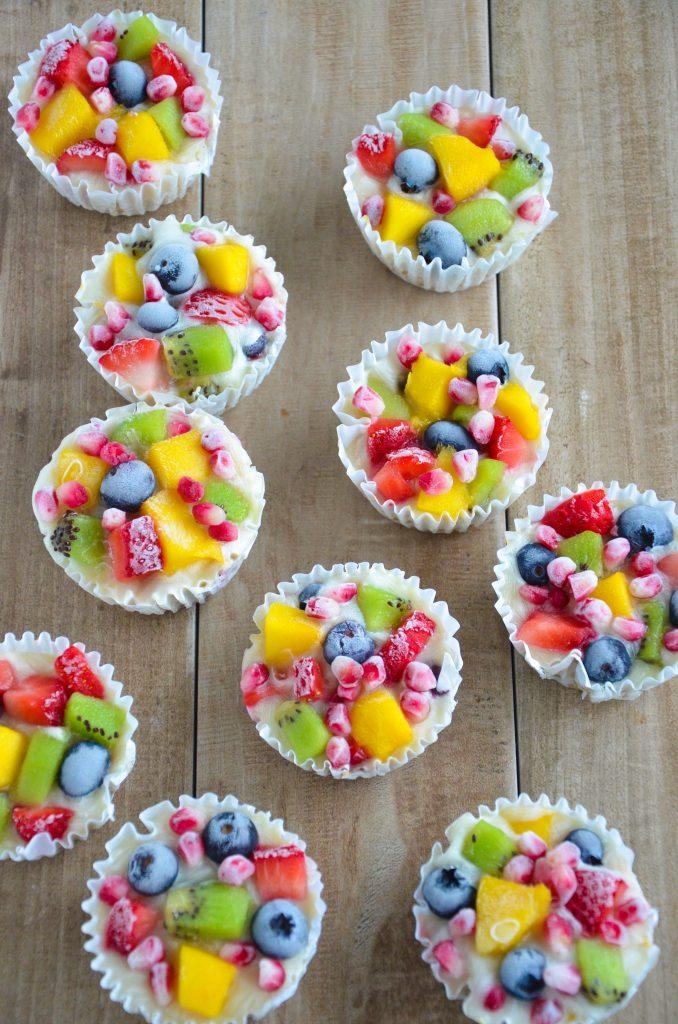 frozen yogurt fruit cups