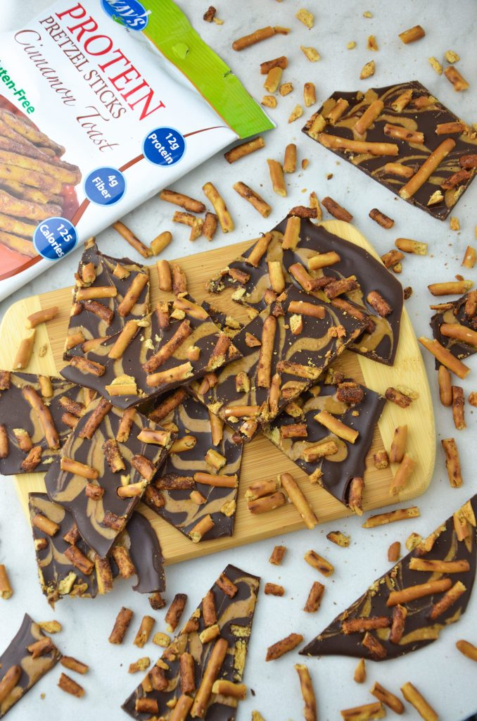 chocolate pretzel bark