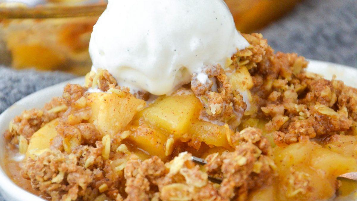 Vegan Apple Crumble Dessert