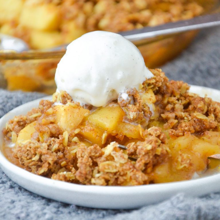 Vegan Apple Crumble Dessert