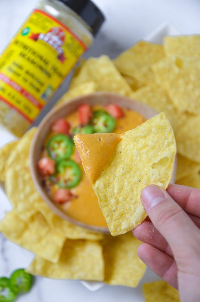 vegan queso dip