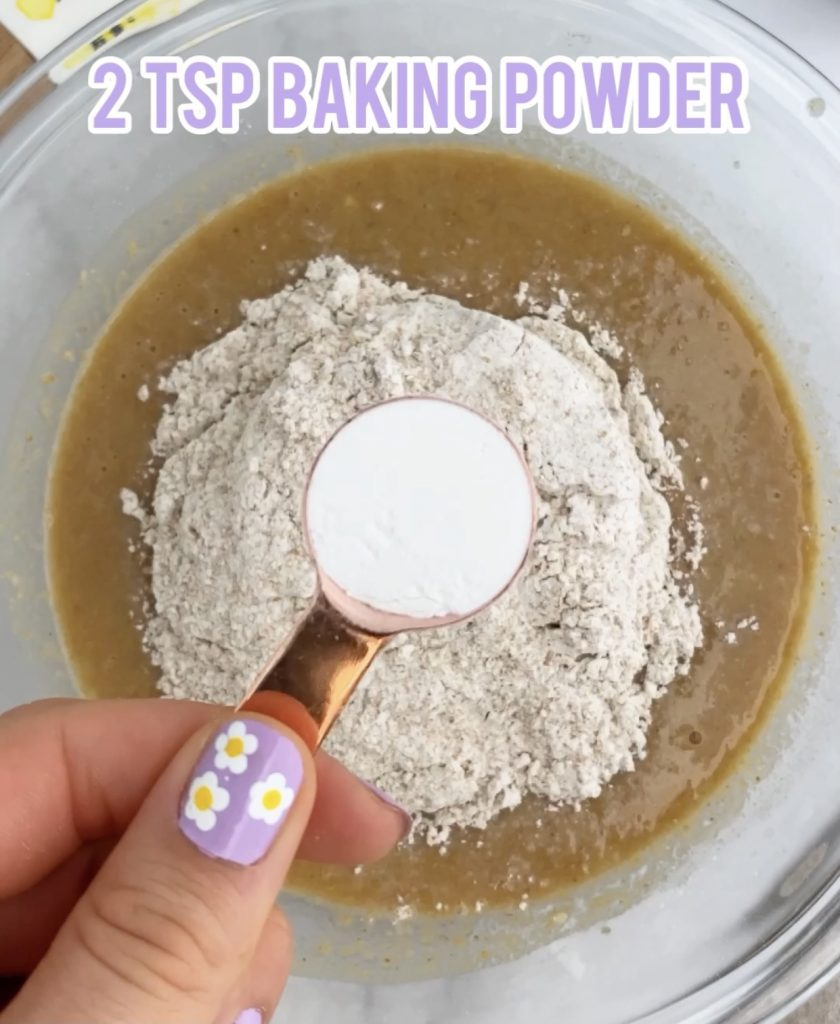 baking powder in a measuring cup