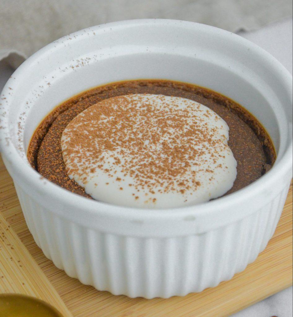 bowl of tiramisu oatmeal